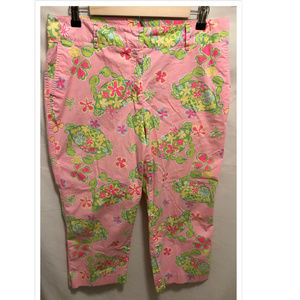 Size 12 Lilly Pulitzer Capris Muscle Beach Crabs